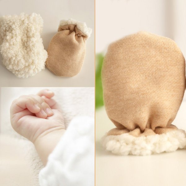 New 1Pair Cute Baby Keep Warm Gloves Thicken Autumn Winter Lamb Cashmere Anti-scratch Child Outdoor Boys Girls Newborn Mittens