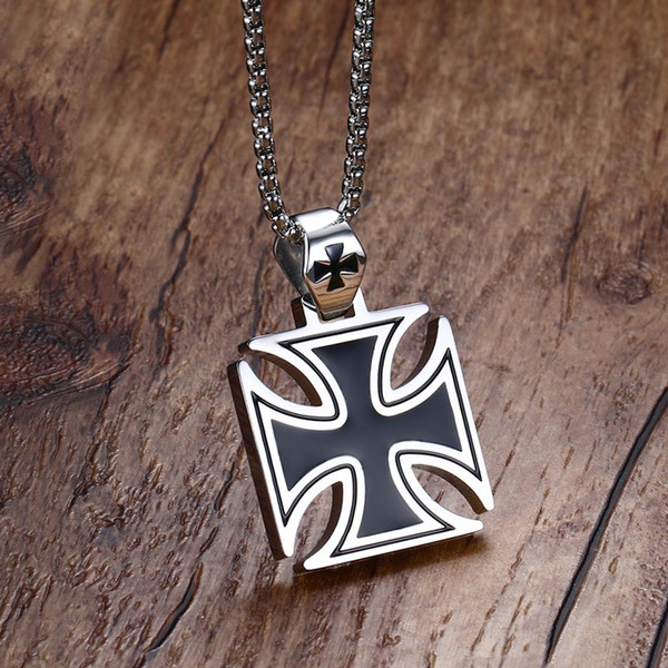 Mprainbow Mens Necklace Stainless Steel Vintage Knights Templar Iron Cross Pendant Necklace for Men Biker Maltese Cross Jewelry