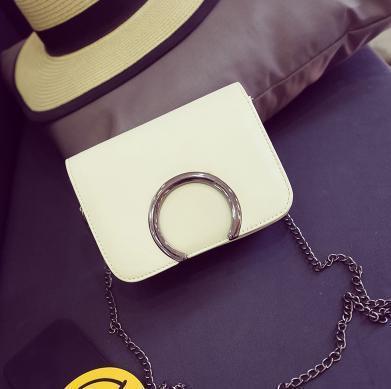 Famous Designer Handbags New Women Fashion Metal Ring Chain Shoulder Bags Messenger/Cross Body/Flap Small Purse