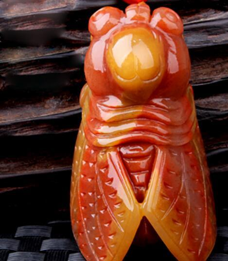 Natural Yunnan Huanglong jade knows the pendant Genuine men and women hand-carved jade one song amazing jade pendant