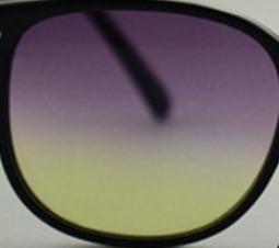 Фиолетовая желтая линза