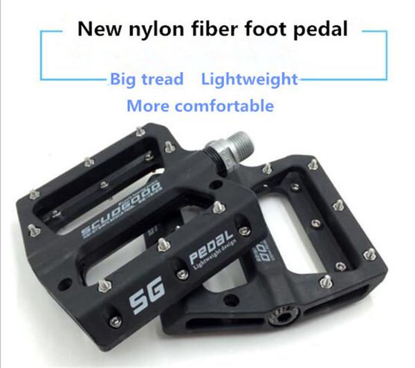 Alta calidad bicicleta de montaña bici bicicleta pedal de fibra de nylon pedal antideslizante portátil pedal de cuatro colores opcional