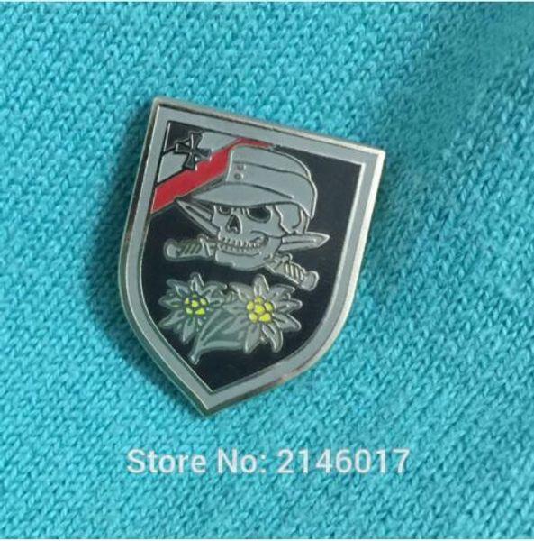 10pcs épée crâne os croisés insignes 1 '' WWII Allemagne armée épinglette épinglette émail épingles guerre mondiale 2 Edelweiss Badge