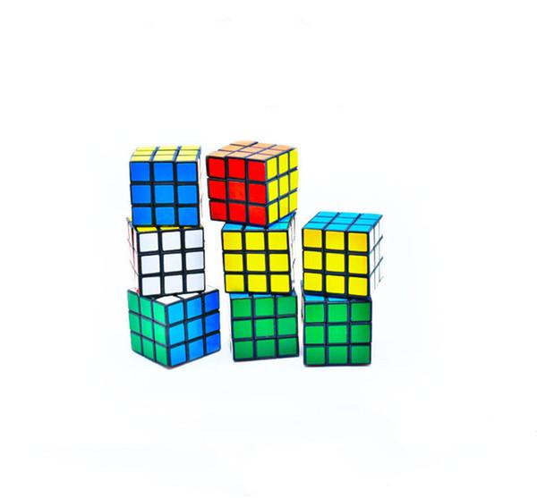 Puzzle cubo Tamaño pequeño 3 cm Mini Magic Rubik Cube Juego Rubik Aprendizaje Juego Educativo Rubik Cube Buen Regalo juguetes Descompresión juguetes B11