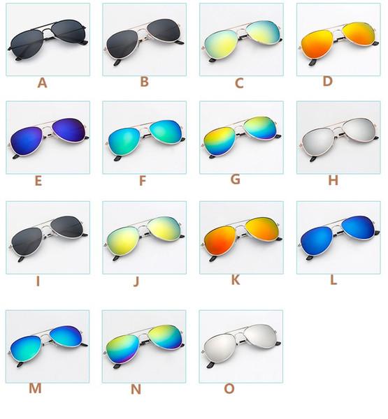 2018 Caliente Nueva Moda Estilo aviador Diseño Niños Niñas Niños Gafas de sol Niños Suministros de playa UV Gafas protectoras Sombrillas para bebés Gafas