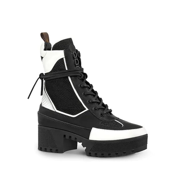Laureate Platform Desert Boot 1A41Qd 1A43Lp Black Heart Boots Overcloud Platform Desert Boot Luxury Brand Martin Boots 0L0V022
