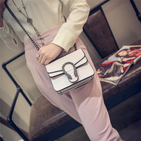 Womens Shoulder Bags Luxury Handbags Snake Leather Embossed Bag Chain Messenger Bags Crossbody Bag Brand Designer Ladies Hand Bags