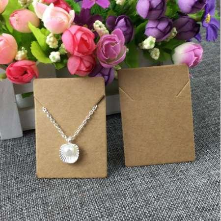 top popular 100pcs lot 5x7cm Kraft Paper Necklace Pendant Cards Jewelry Packing Cards for jewelry accessory Display Card 2021