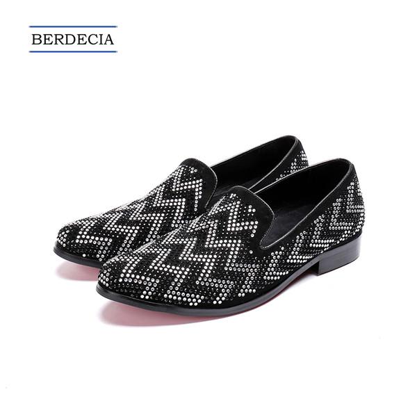 2018 Designer Fashion Geometric Rhinestone Men Loafers Wedding Party Dress Shoes Slip on Smoking Slippers British Men Flats Big Size 38-47