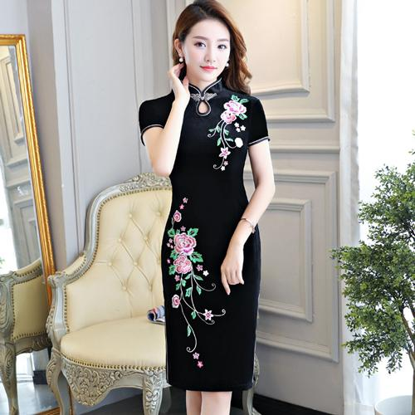 2019 Simple high quality plus size short/three quarter sleeve velvet embroidery red/black/blue short cheongsam daily qipao wedding dress