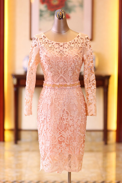 Knee Length Lace 2018 Evening Dresses Scoop Long Sleeves Beaded Prom Dresses Cheap Vintage Mother Of Bride Party Dresses
