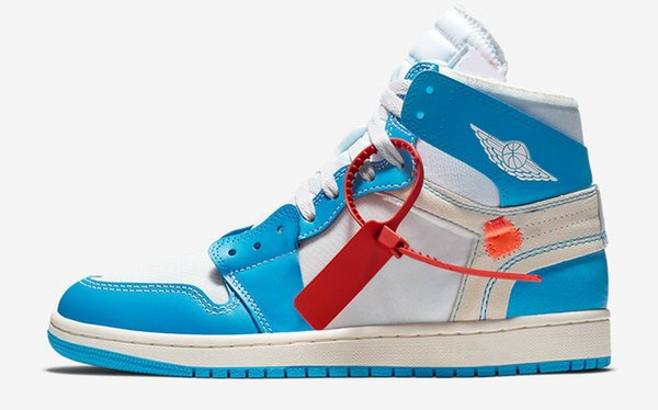 La mejor calidad 2018 UNC Polvo azul blanco 1 zapatos de baloncesto de los hombres, AQ0818-148 zapatillas de deporte al aire libre auténticas de los deportes para los zapatos de los hombres con la caja