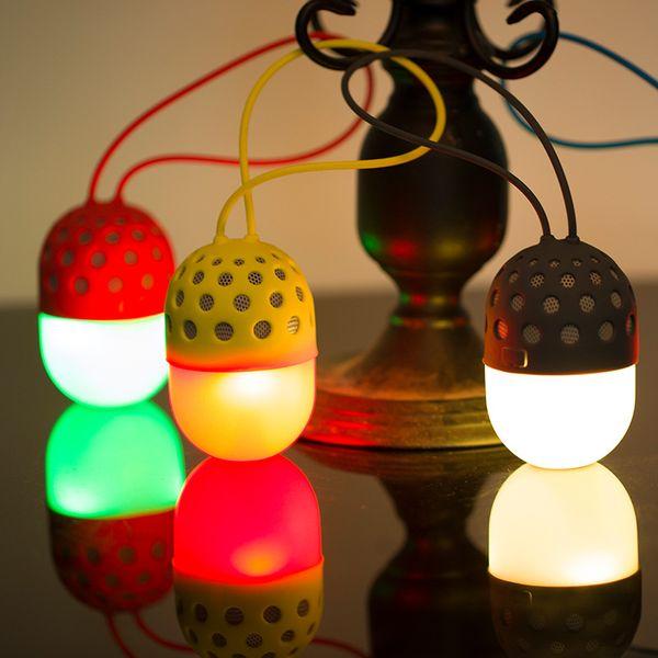 Altoparlanti senza fili Bluetooth Fireflies all'aperto Luci colorate a LED impermeabile esterna portatile mini stereo lampada da campeggio lanterna
