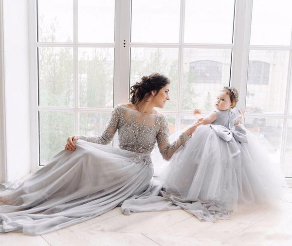 2018 Exquisite A Line Sheer Long Sleeves Mother And Baby Toddler Prom Dresses Tulle Applique Beads Sweep Train Gown