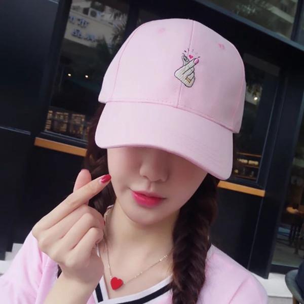 Bir Boyut Katı Cap Unisex Nakış Küçük Aşk Pamuk Şapka Erkekler Kadınlar Snapback Kapaklar Moda Pembe Beyaz Siyah Ayarlanabilir Şapka H9