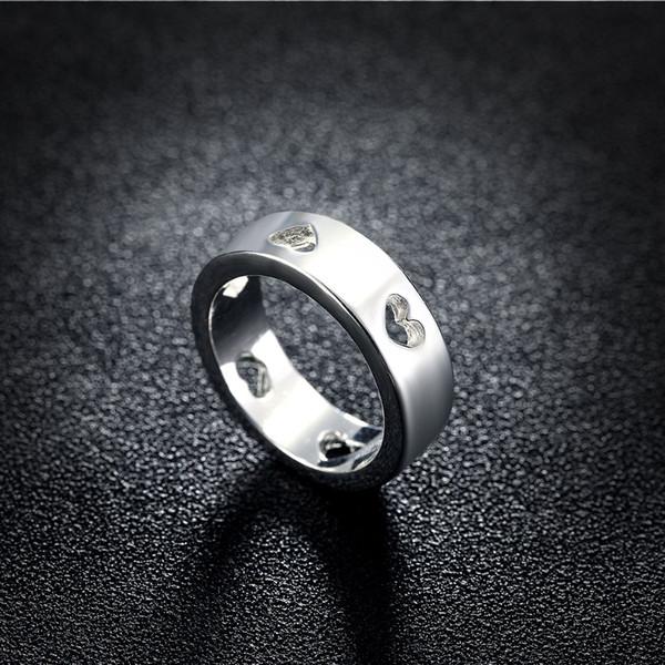 Design de mode classique en forme de coeur creux bague en argent plaqué pour les femmes / mens charmante dame bague de fiançailles mariage amour bijoux