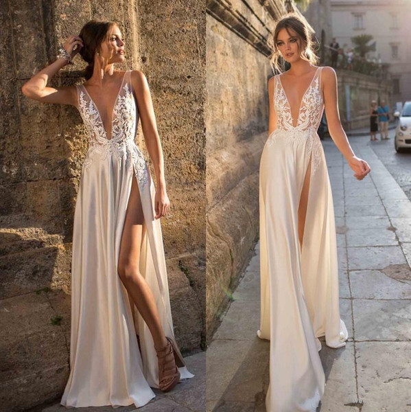2019 berta bohemian lace vestidos de casamento appliqued a line decote em v profundo dividir vestidos de noiva lado vestido de novela de cetim vestido de noiva