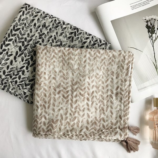 2018 New Leaf Silver Voile Pattern Tassel Scarves Shawls Women Leaf Print Tassel Wrap Muffler Hijab 2 Color Wholesale 10pcs/lot