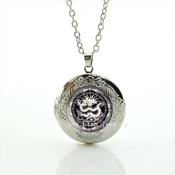 Wholesale Exquisite silver plated locket necklace white Chinese dragon porcelain painting Round gift T861
