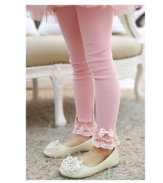 Pink (bowknot)