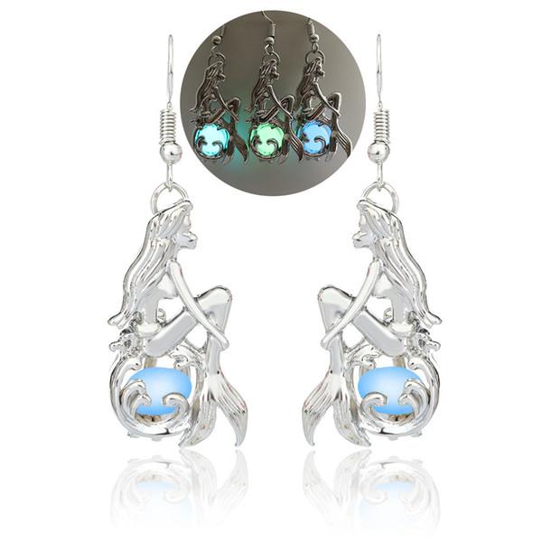Europa e nos Estados Unidos vendem brincos de sereia, nuvens auspiciosas, jóias de grânulos luminosos, novidade luminosa acessórios de senhora