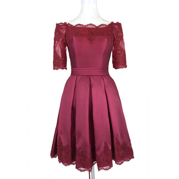 Short Burgundy Cheap Prom Cocktail Dresses Off the shoulders With Sleeves Applique Lace Designer Satin Corset Back Homecoming Evening Dress