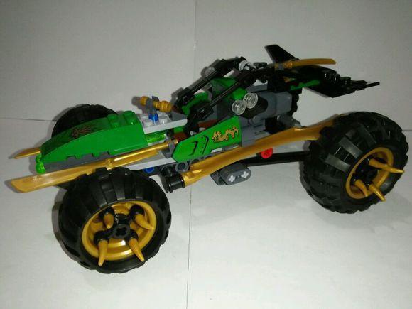 Mosaic 10320 Ninja Ninja Lloyd jungle assault vehicle assembling blocks