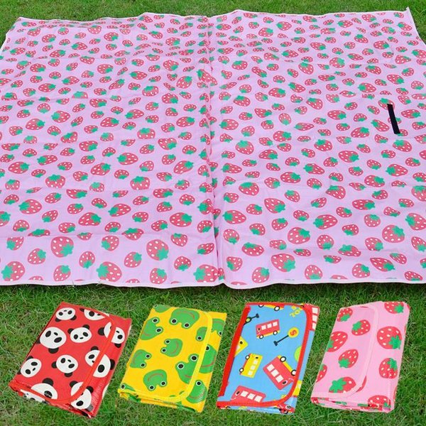 Outdoor Baby Game Panda Pad Tappetino per auto Red Yellow Beach impermeabile Strawberry Crawling Picnic Mat Blue Camping coperta rosa