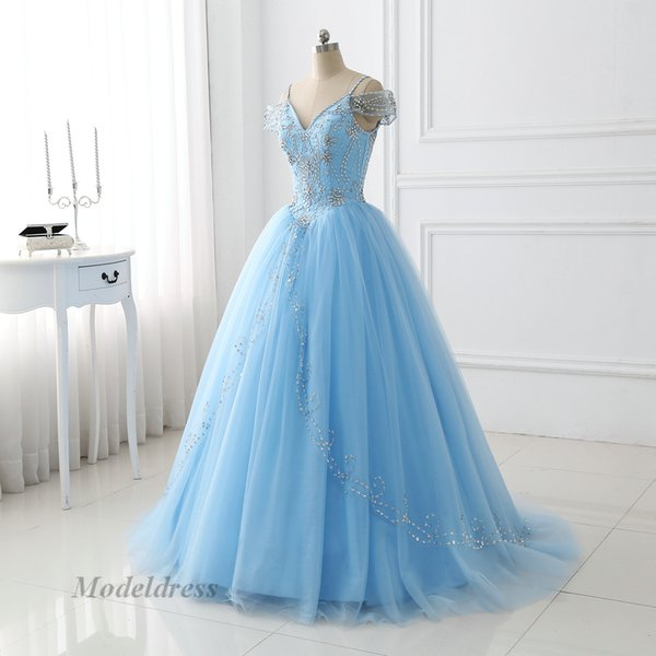 Light Sky Blue Quinceanera Dresses 2018 Ball Gown Beaded Crystal Spaghetti Straps Luxury Princess Prom Party Dresses For Sweet 16 Girls
