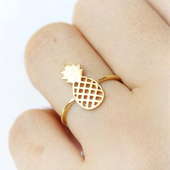 N pcs Cute small hollow Pineapple charm ring Lovely Ananas ring Simple Funny Outline Fruit Plant Food ring for ladies outline Lucky jewelry