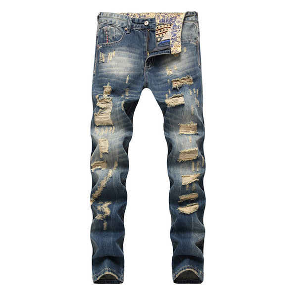 2018 new European and American men's jeans straight leg beggar holes, old days wear out men's popular logo jeans