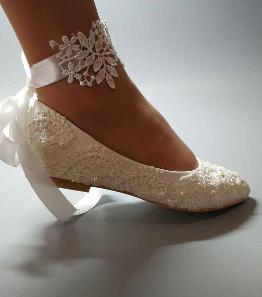 Großhandel Handgemachte Frauen Weiß Hochzeit Schuhe Flache Ballett Spitze Blume Brautschuhe Brautjungfer Schuhe Hochzeit Dresssize EU35 42 Von