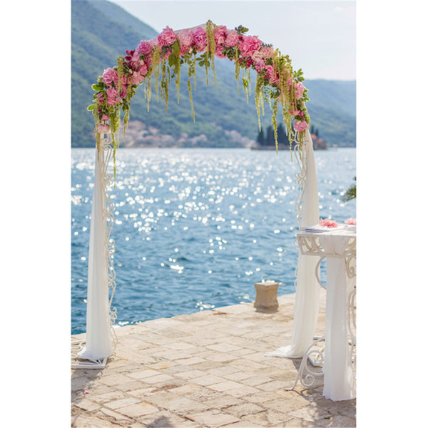 Beach Wedding Floral Arched Door Background Photography Printed Shiny Blue Seawater Mountain Outdoor Scenic Party Photo Booth Backdrop