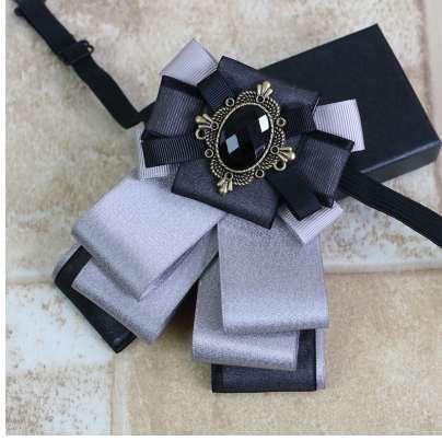 Brand 2018 New Design Unisex luxury Business Wedding Party Collar Neck Wear Cravat Accessories Casual Groom Rhinestone Bow Ties