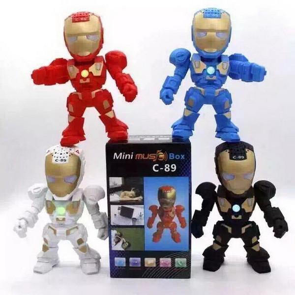 Luxus Cartoon Iron Man Mini Bluetooth Lautsprecher mit LED-Blitzlicht Verformte Arm Figur Roboter Tragbare Drahtlose Lautsprecher TF FM U Disk MP3
