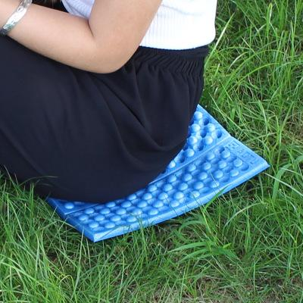 4pcs/lot Moisture-proof Folding EVA Foam Pads Mat Cushion Seat Camping mats Park Picnic Hiking Traveling Outdoor Mat l231