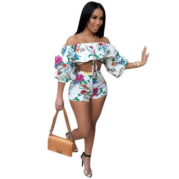Adogirl 2018 Estampado floral Conjunto de 2 piezas Conjunto de verano Sexy para mujer Top sin tirantes y pantalones cortos Conjunto de dos piezas Moda Casual Traje para mujer
