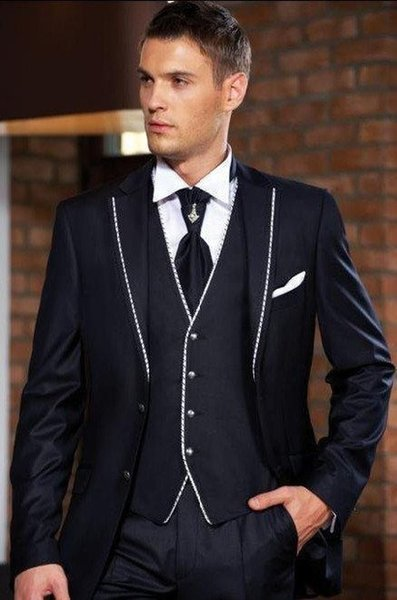 2018 New Arrival Two Buttons Navy Blue Groom Tuxedos Notch Lapel Groomsmen Wedding Prom Suits ( jacket+Pants+vest+tie)