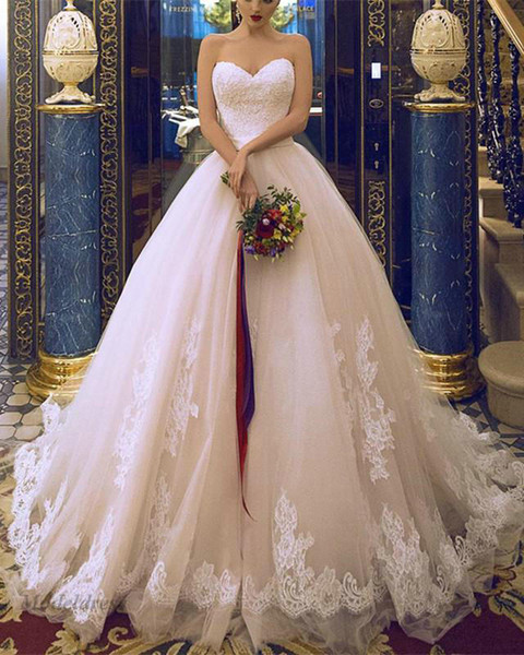 Romantic Wedding Dresses A Line Strapless Lace Appliques Sweetheart Gorgeous Tulle High Quality Custom Made Wedding Gowns China Handmade
