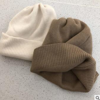 Autumn and winter hat with thick soft pure color joker hats for men and women edge leisure Japanese warm knitted cap