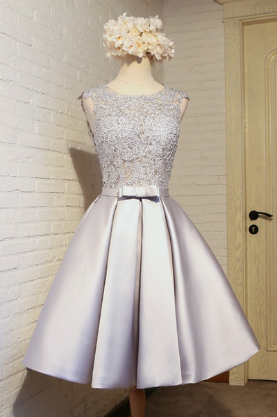 New Sexy Crew Neck Silver Gray Satin A Line Homecoming Dresses Tulle Lace Applique Ruched Bow Sash Party Graduation Cocktail Dresses