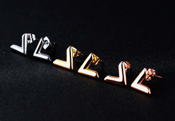 Personalized plated rose gold earrings V-shaped earrings letter V simple temperament girl accessories