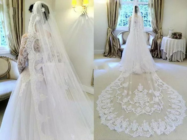 Luxury 2018 Wedding Veils with Comb One Layer 3 Metres Long Lace Appliqued White Ivory Tulle Bridal Cathedral Veil