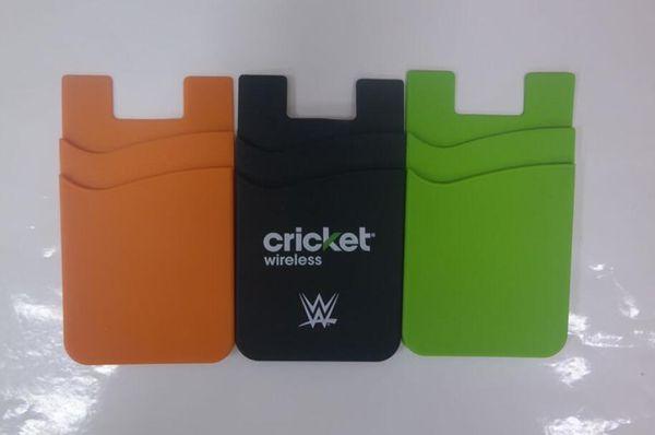Precio bajo al por mayor bolsillo de la caja del teléfono pegajoso titular de la tarjeta de silicona personalizado impreso 3 m etiqueta billetera inteligente titular de la tarjeta móvil para teléfono móvil