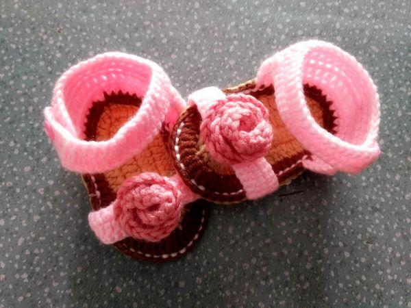 Sapatos de bebê de crochê novo design de flores de crochê sapatas das meninas do bebê de crochê tricô baby shoes s 0-12 M cliente