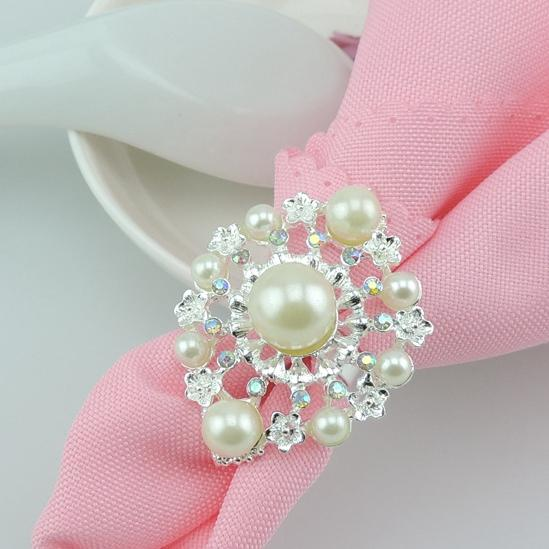 hot sell New flower Imitation pearls gold silver Napkin Rings for wedding dinner,showers,holidays,Table Decoration Accessories wn549