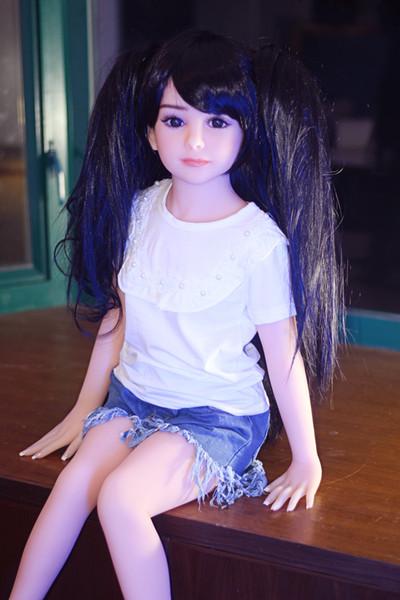 Muñeca japonesa pequeña del sexo del silicón de la muchacha 108cm del pecho para el varón