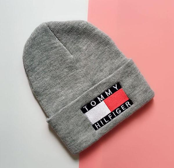2019 New Sport Winter game hat Men cap Beanie Knitted Hip Hop Winter Hats For Women Fashion Warm Skullies Bonnet 665