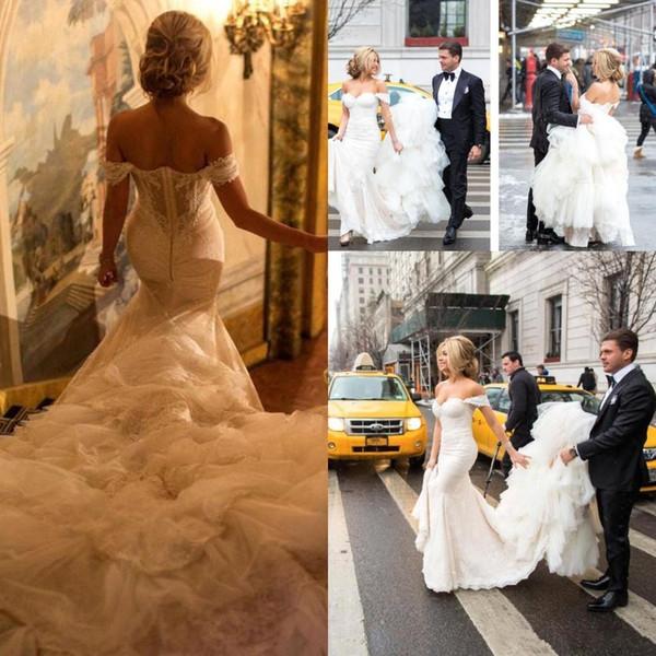 겸손 Inbal Dror 레이스 숄더 웨딩 드레스 인어 Applique Sweetheart Backless 웨딩 드레스 Ruffled Long Train Bridal Dress