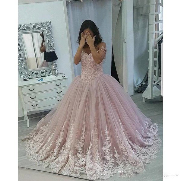 Pink Ball Gown Quinceanera Dresses Off The Shoulder Capped Sleeves Lace Appliques Sweet 16 Dresses Prom Dresses